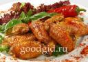 жареные крылышки в остро-сладком соусе