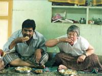 Индус во время трапезы
